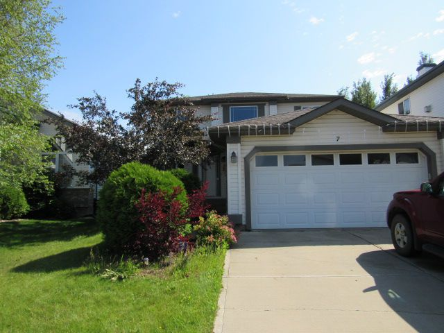 Main Photo: 7 Empress Way in St. Albert: Attached Home for rent