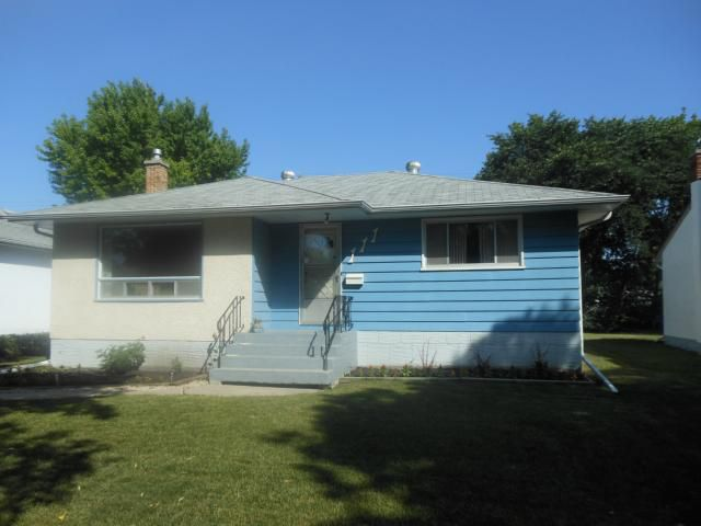 Main Photo: 111 Fernwood Avenue in WINNIPEG: St Vital Residential for sale (South East Winnipeg)  : MLS®# 1215355