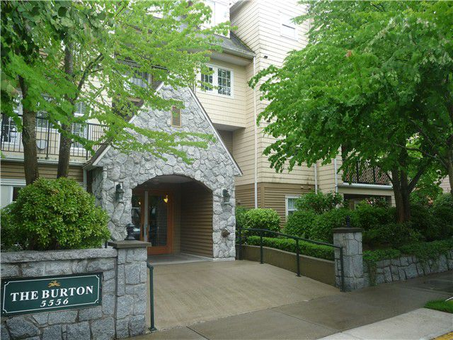 Main Photo: # 206 5556 14TH AV in Tsawwassen: Cliff Drive Condo for sale : MLS®# V1028651