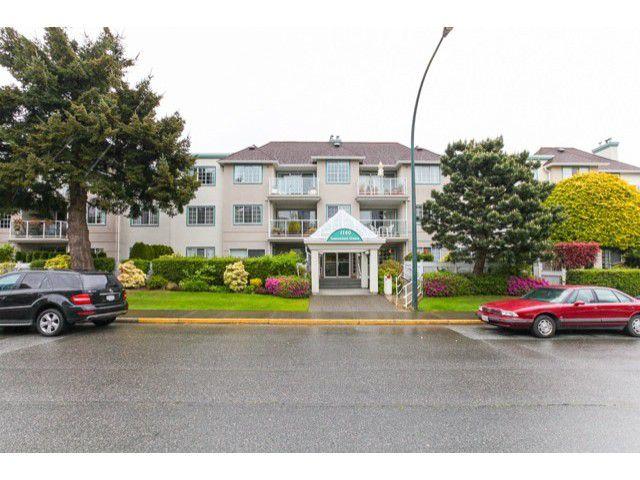 Main Photo: # 201 1140 55TH ST in Tsawwassen: Tsawwassen Central Condo for sale : MLS®# V1118885