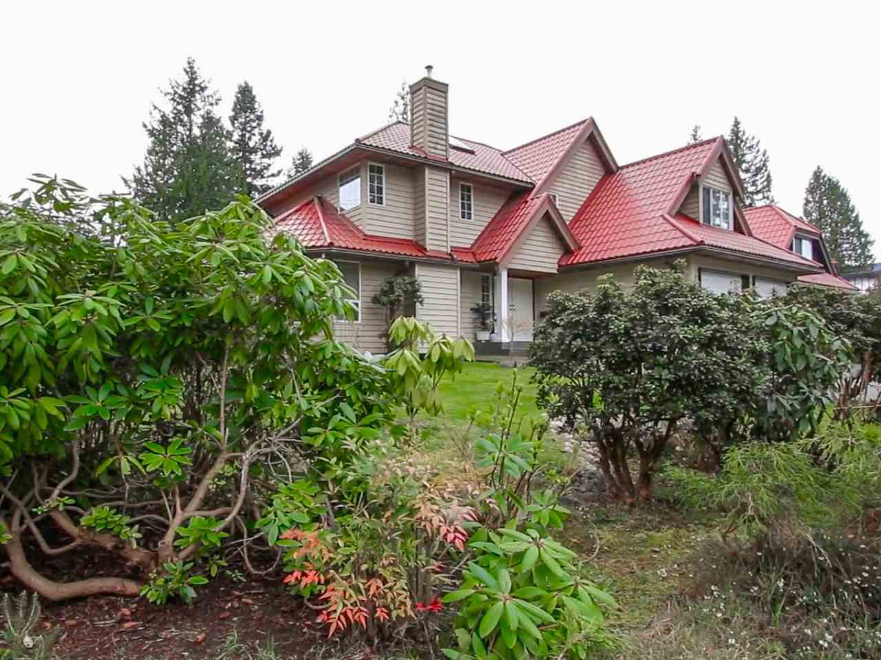Main Photo: 2635 EDGEMONT BOULEVARD in North Vancouver: Edgemont House for sale : MLS®# R2053973