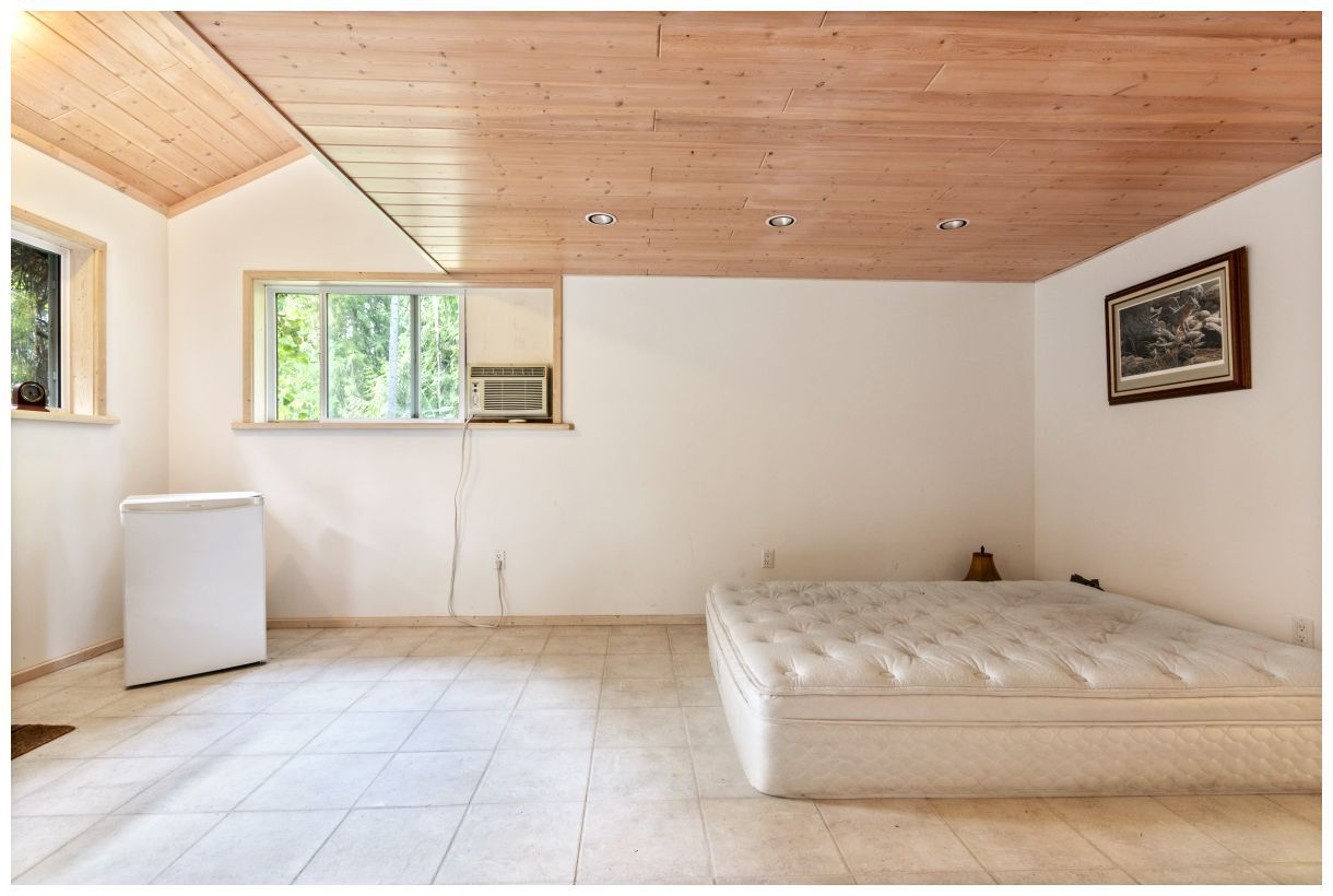 Photo 33: Photos: 5150 Eagle Bay Road in Eagle Bay: House for sale : MLS®# 10164548