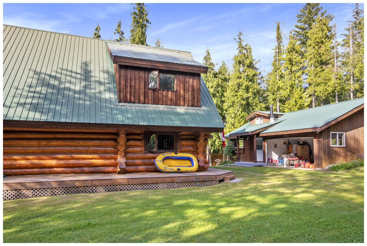 Photo 27: Photos: 5150 Eagle Bay Road in Eagle Bay: House for sale : MLS®# 10164548