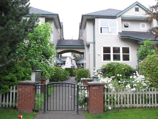 """Main Photo: 253 E 28TH Avenue in Vancouver: Main Townhouse for sale in """"The Courtyard"""" (Vancouver East)  : MLS®# V975991"""