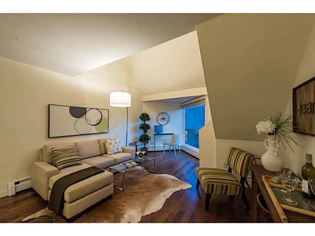 Main Photo: 9 870 W 7th Avenue in : Fairview VW Condo for sale (Vancouver West)  : MLS®# V1127873