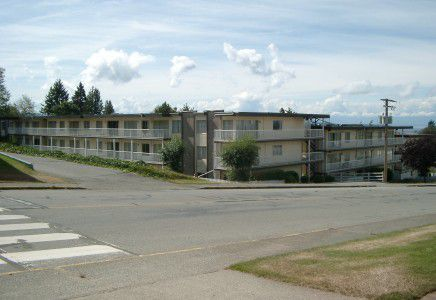 Main Photo: 7050 Glacier Street in Powell River: Multi-Family Commercial for sale (Powell River, BC)