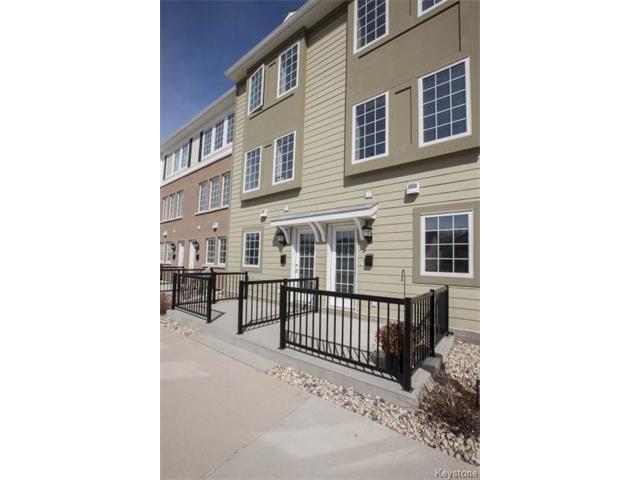Main Photo: 110 - 15 Bridgeland: Condominium for sale (1R)  : MLS®# 1610886