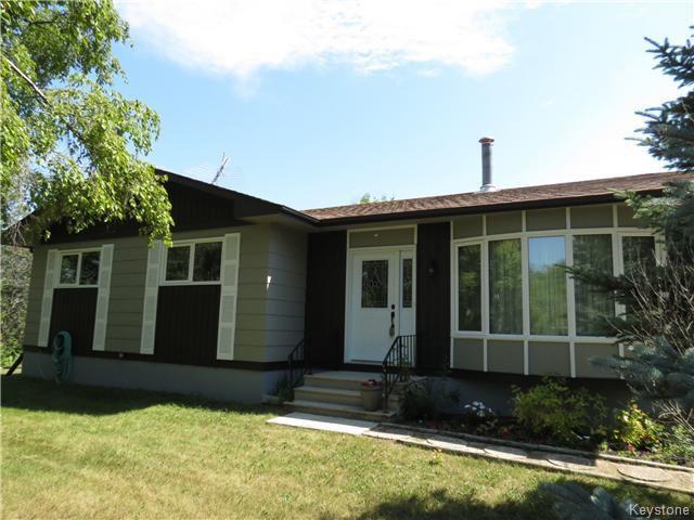 Main Photo: 59153 PLEASANT Road South in ANOLA: Anola / Dugald / Hazelridge / Oakbank / Vivian Residential for sale (Winnipeg area)  : MLS®# 1419953