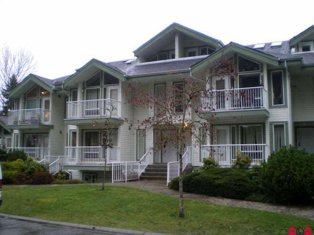 Main Photo: 205 1275 N Scott Road in Hope: Hope Center Condo for sale : MLS®# H1300381