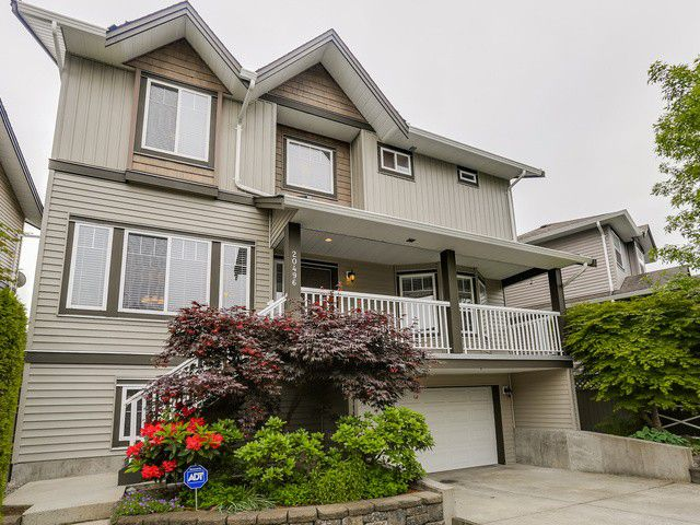 Main Photo: 20496 67 AV in Langley: Willoughby Heights House for sale : MLS®# F1442441