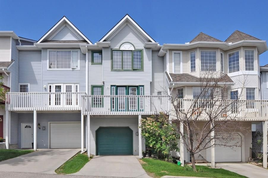 Main Photo: 72 Patina Point SW in Calgary: Attached for sale : MLS®# C4179747