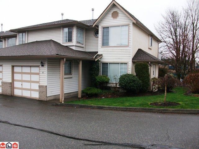 """Main Photo: 4 2575 MCADAM Road in Abbotsford: Abbotsford East Townhouse for sale in """"Sunnyhill Terrace McMillan"""" : MLS®# F1205485"""