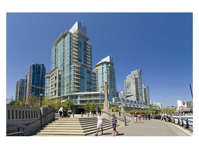 """Main Photo: # 1301 499 BROUGHTON ST in Vancouver: Coal Harbour Condo for sale in """"The Denia"""" (Vancouver West)  : MLS®# V1027746"""