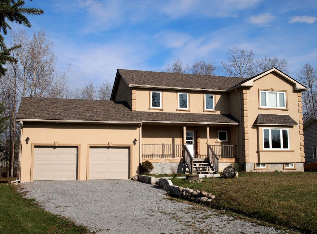 Main Photo: 7 Eldon Drive: Kawartha Lakes Freehold for sale : MLS®# X3119866