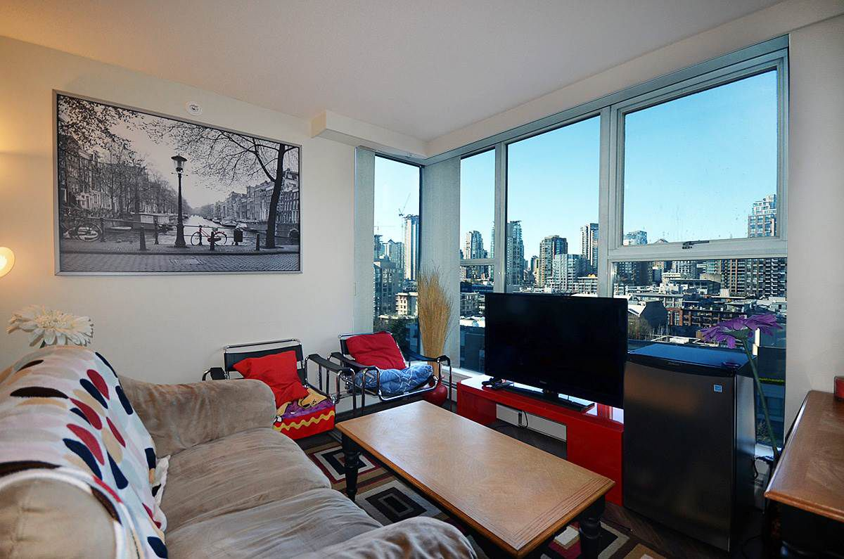 Main Photo: 1502 1009 EXPO BOULEVARD in Vancouver: Yaletown Condo for sale (Vancouver West)  : MLS®# R2135139