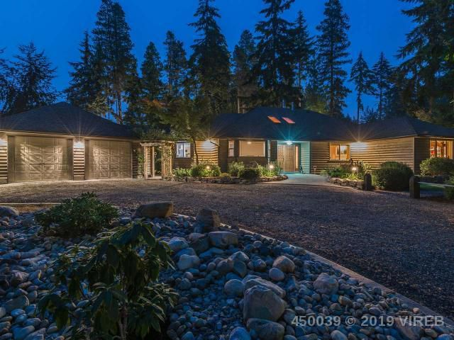 Main Photo: 637 RUPERT E ROAD in QUALICUM BEACH: Z5 Qualicum Beach House for sale (Zone 5 - Parksville/Qualicum)  : MLS®# 450039