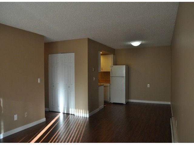 Main Photo: 312 20420 54th Ave in Langley: Langley City Condo for sale : MLS®# F1327345