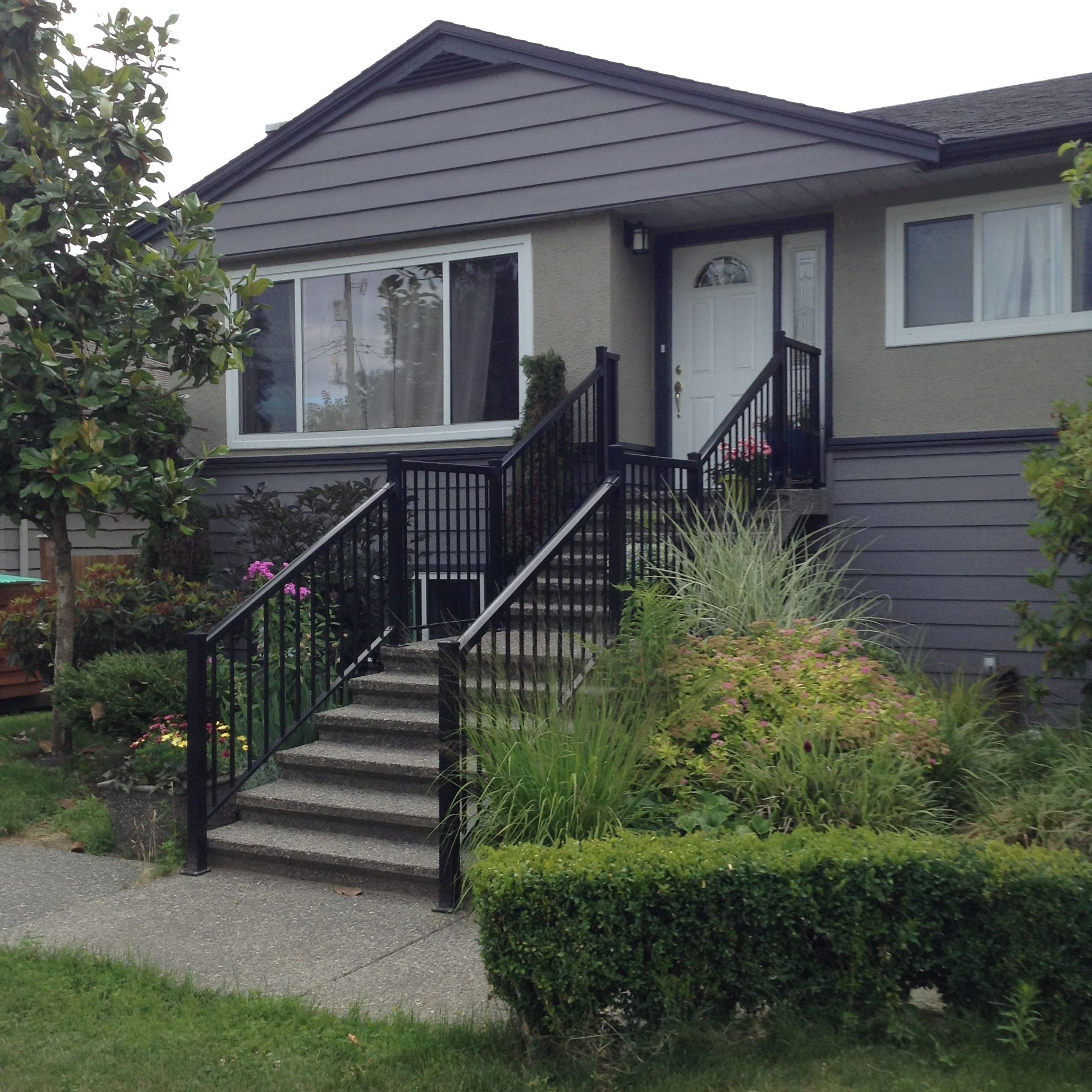 Main Photo: 11722 Carshill Street in Maple Ridge: Other for rent