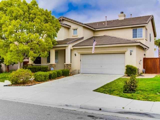 Main Photo: OCEANSIDE House for sale : 5 bedrooms : 917 Glendora Drive