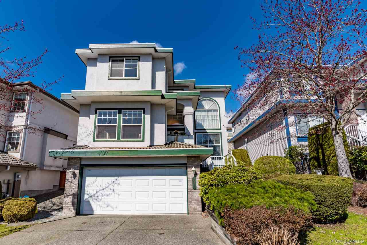Main Photo: 2933 Pinetree Close in Coquitlam: Westwood Plateau House for sale : MLS®# R2264459