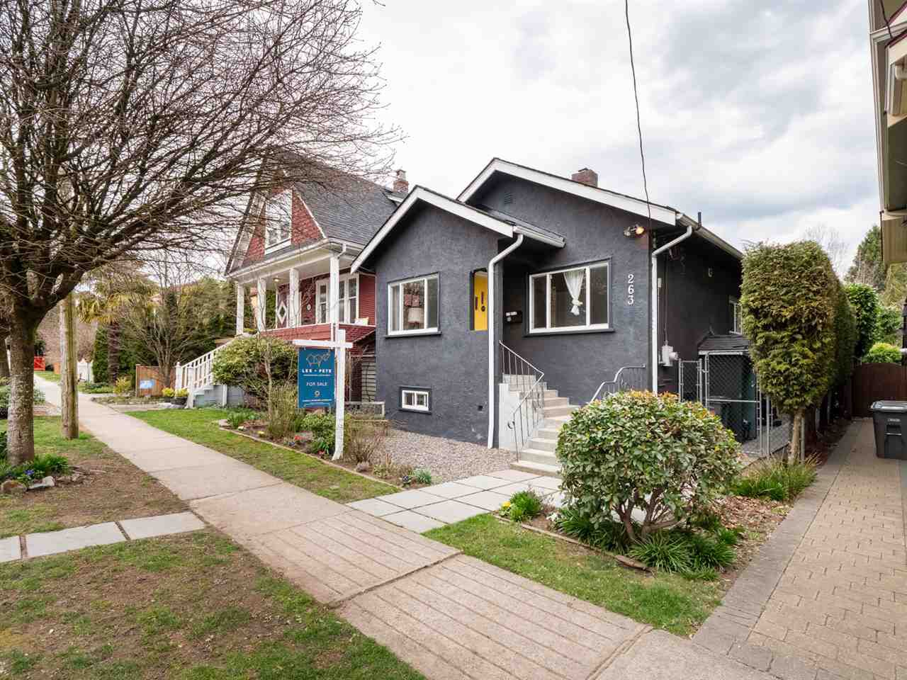 Main Photo: 263 E 32ND AVENUE in Vancouver: Main House for sale (Vancouver East)  : MLS®# R2359937