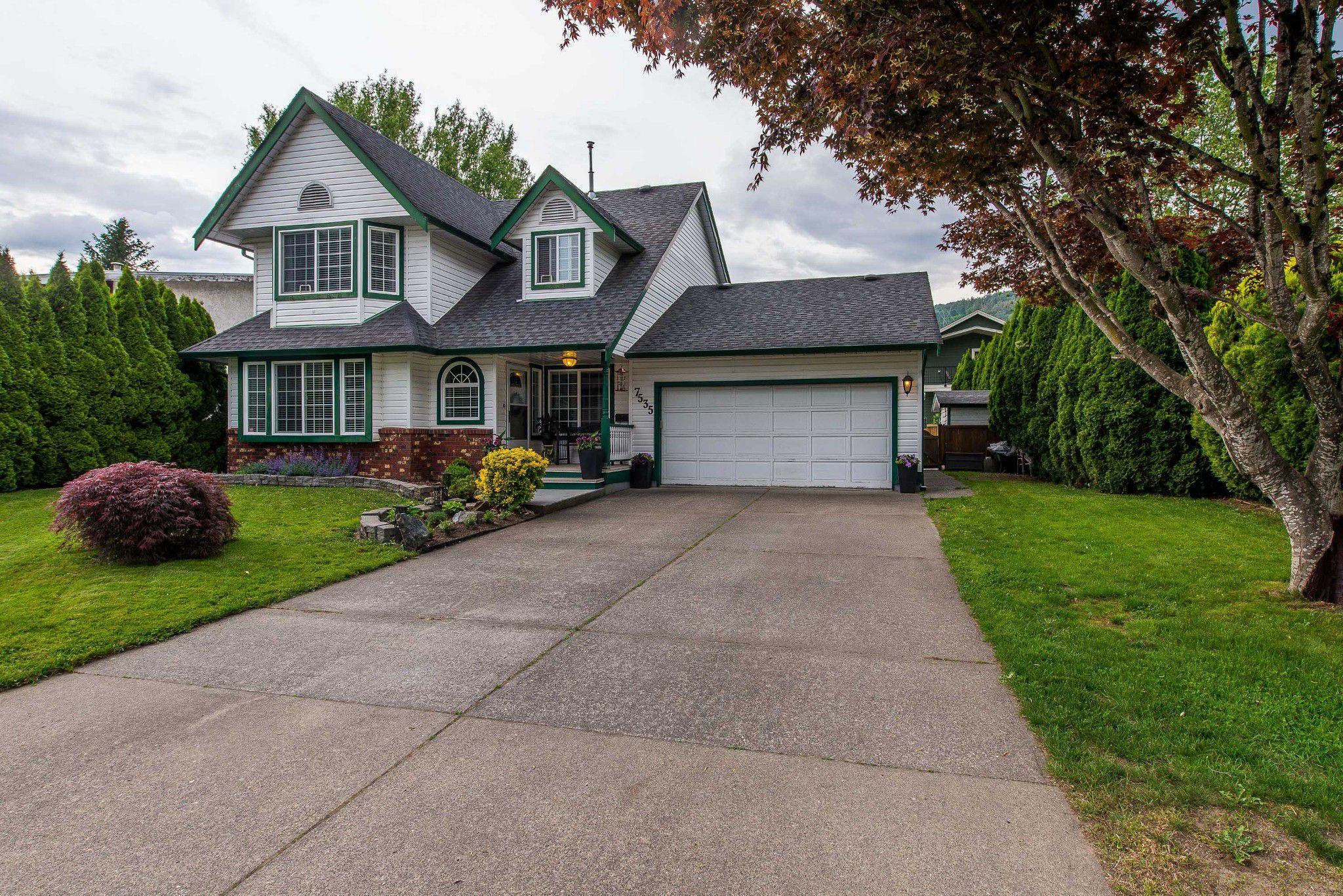 Main Photo: 7535 LAUREL PLACE: Agassiz House for sale : MLS®# R2371543
