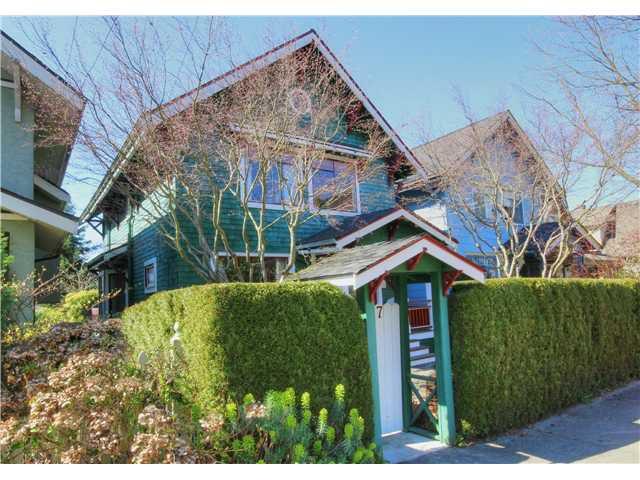Main Photo: 1147 SEMLIN DR in Vancouver: Grandview VE House for sale (Vancouver East)  : MLS®# V1056763
