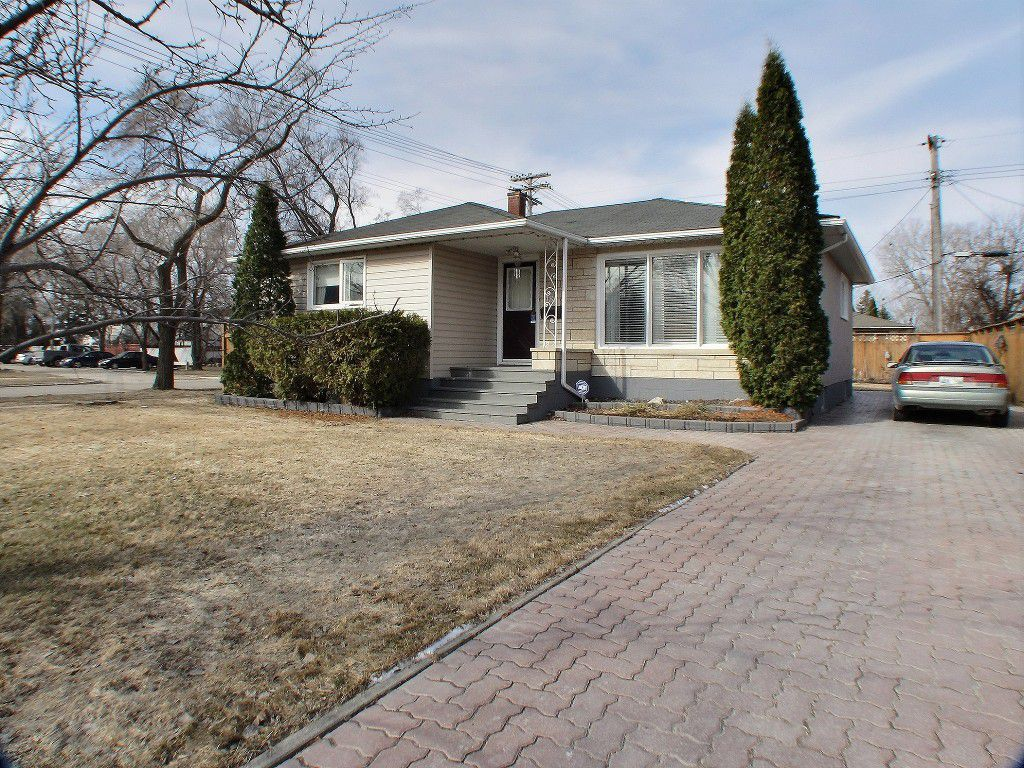 Main Photo: 185 Howden Road in : Windsor Park Residential for sale (South Winnipeg)  : MLS®# 1608536