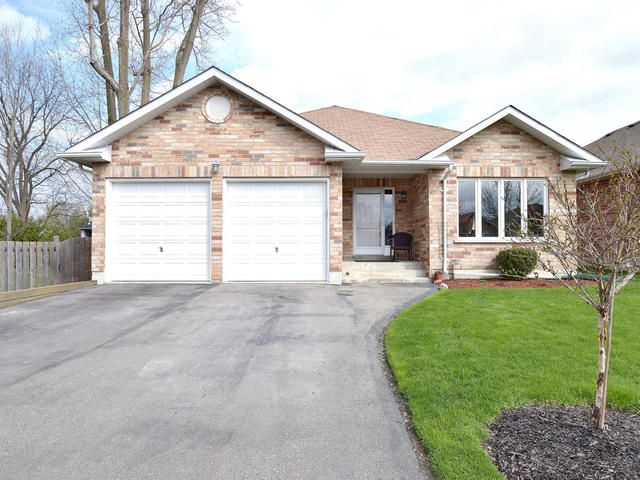 Main Photo: 44 Elmwood Avenue: Beaverton Freehold for sale (Brock)  : MLS®# N3776625
