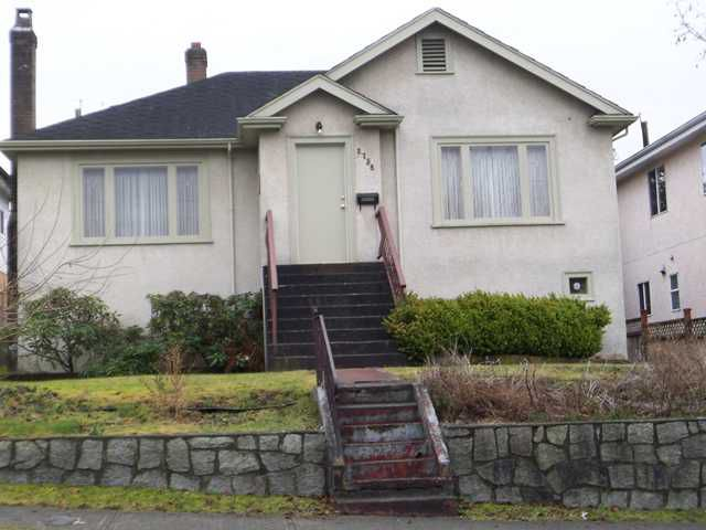 Main Photo: 2758 E 24TH Avenue in Vancouver: Renfrew Heights House for sale (Vancouver East)  : MLS®# V931516