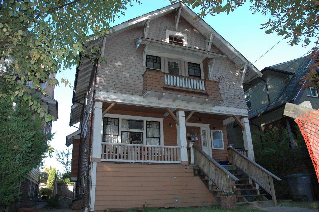 Main Photo: 2071 Kitchener Street Vancouver V5L 2W6 - Hammer/Watkinson