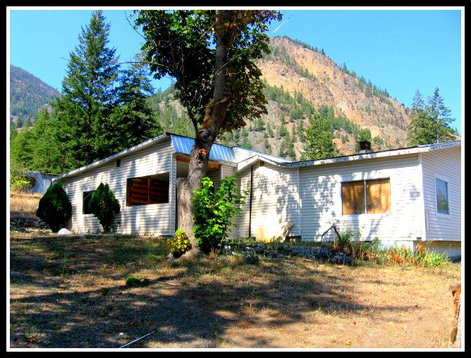 Main Photo: 1472 HWY 3A in Olalla: Keremeos Residential Detached for sale