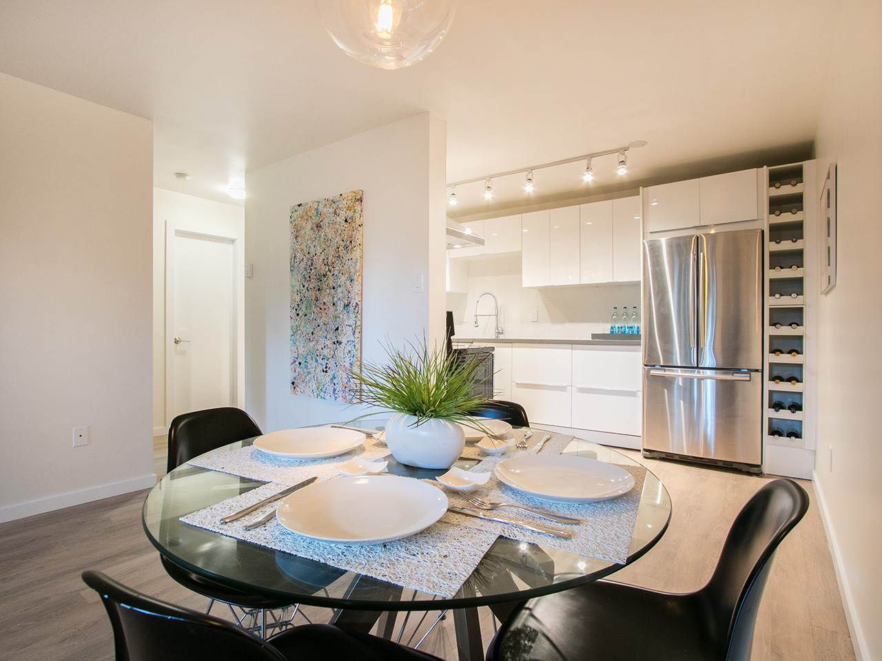Main Photo: 101 3353 HEATHER STREET in Vancouver: Cambie Condo for sale (Vancouver West)  : MLS®# R2046896