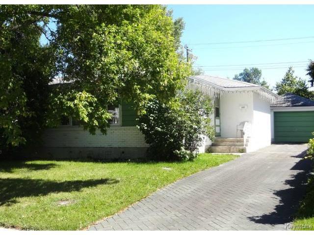 Main Photo: 851 Vimy Road in WINNIPEG: Westwood / Crestview Residential for sale (West Winnipeg)  : MLS®# 1318165