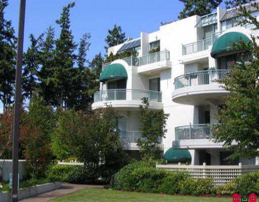 """Main Photo: 303 1725 MARTIN DR in White Rock: Sunnyside Park Surrey Condo for sale in """"SOUTHWYND"""" (South Surrey White Rock)  : MLS®# F2613297"""