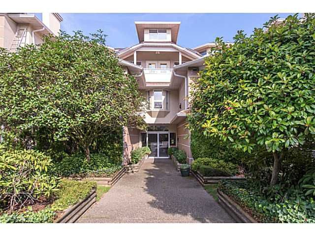 Main Photo: #206-19721 64th Ave in Langley: Willoughby Heights Condo for sale : MLS®# F1423890