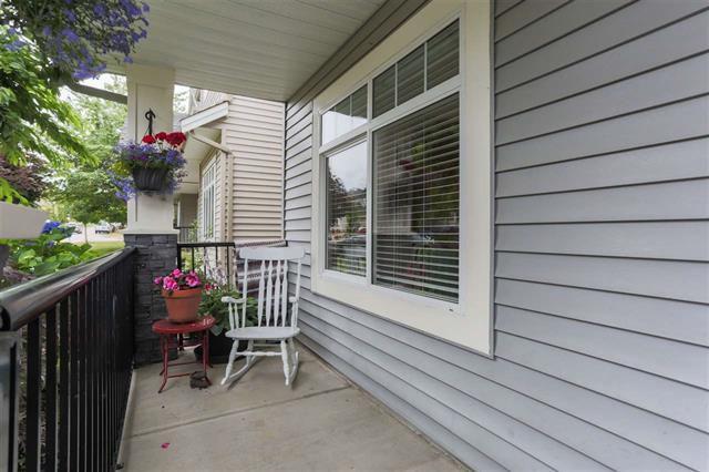 Photo 2: Photos: 16627 59A Avenue in Surrey: Cloverdale BC House for sale (Cloverdale)  : MLS®# R2287979
