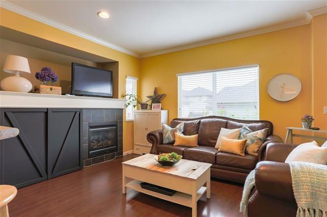 Photo 5: Photos: 16627 59A Avenue in Surrey: Cloverdale BC House for sale (Cloverdale)  : MLS®# R2287979