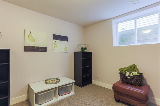 Photo 16: Photos: 16627 59A Avenue in Surrey: Cloverdale BC House for sale (Cloverdale)  : MLS®# R2287979