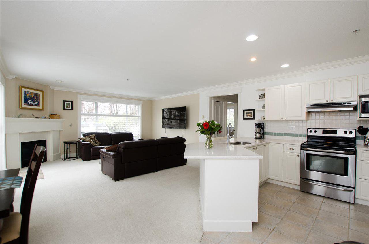 Main Photo: 311 1153 Vidal Street: White Rock Condo for sale (South Surrey White Rock)
