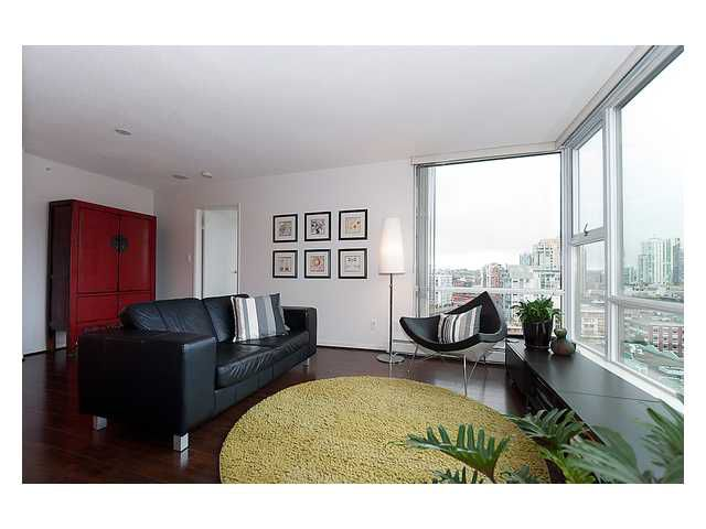 """Main Photo: 1809 1008 CAMBIE Street in Vancouver: Yaletown Condo for sale in """"Waterworks by Concord Pacific"""" (Vancouver West)  : MLS®# V938842"""