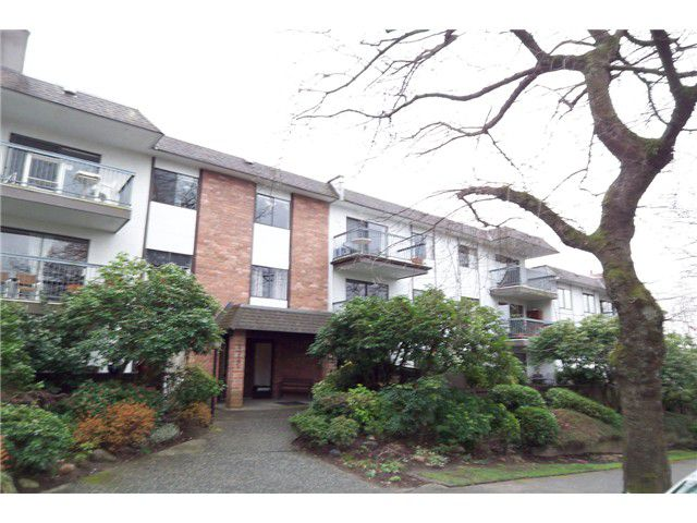 Main Photo: 312 2320 TRINITY Street in Vancouver: Hastings Condo for sale (Vancouver East)  : MLS®# V939156