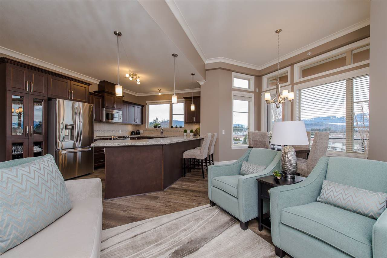Main Photo: 201 45750-2 KEITH WILSON ROAD in Sardis: Vedder S Watson-Promontory Condo for sale : MLS®# R2079159