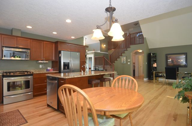 Photo 6: Photos: 2582 KINNOULL CRESCENT in MILL BAY: House for sale : MLS®# 380677