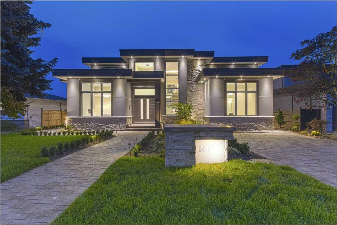 Main Photo: 14436 MANN PARK CRESCENT: White Rock House for sale (South Surrey White Rock)  : MLS®# R2128885