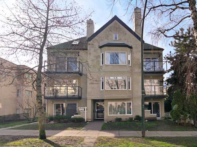 """Main Photo: 301 1554 BURNABY Street in Vancouver: West End VW Condo for sale in """"McCoy Manor"""" (Vancouver West)  : MLS®# V992630"""