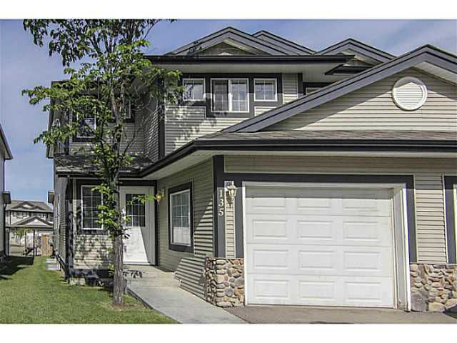Main Photo: 135 Stonemere Place: Chestermere Residential Attached for sale : MLS®# C3623986