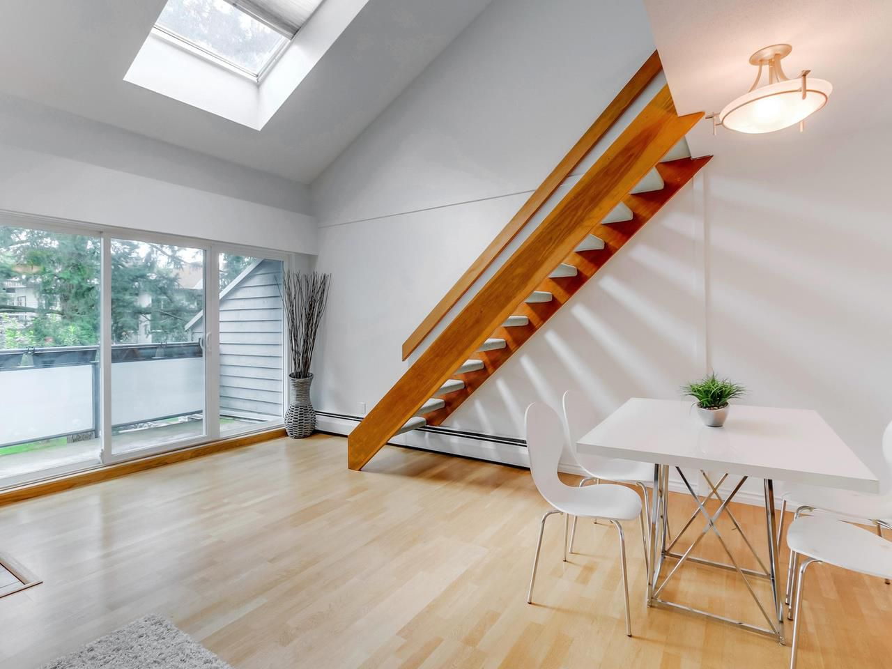 Main Photo: PH1 2125 YORK AVENUE in Vancouver: Kitsilano Condo for sale (Vancouver West)  : MLS®# R2089526