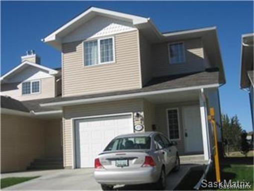 Main Photo: 272 MOUNT ROYAL Place in Regina: Mount Royal Condominium for sale (Regina Area 02)  : MLS®# 476624