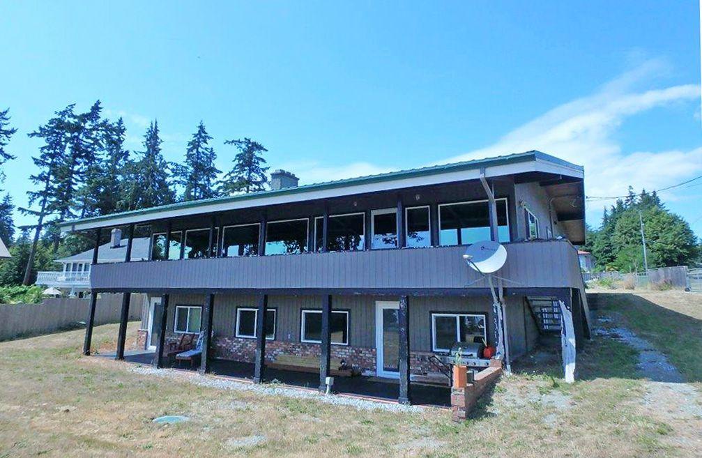 Main Photo: Gillies Bay in Texada Island: House for sale